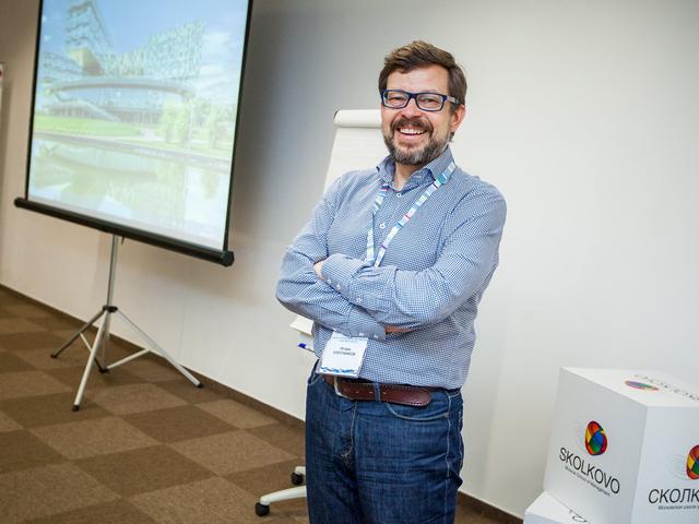 Игорь Злотников: Мы живем в ситуации перехода к другой технологической системе